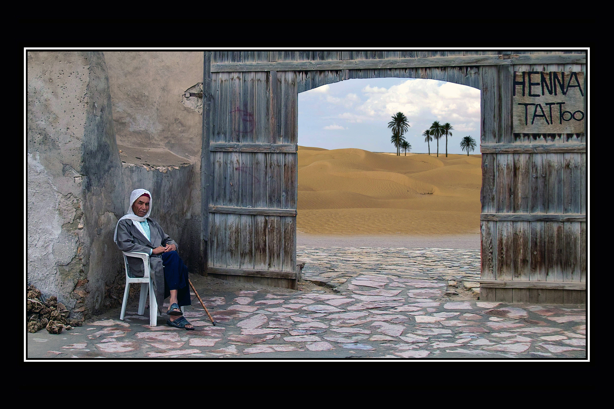 08-The gate of Sahara.jpg